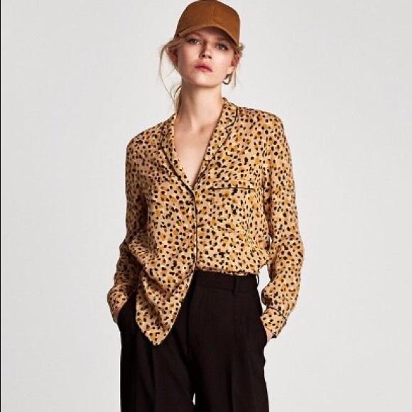 4cdf6e684612ea Zara Basic Leopard Print Blouse Pajama Style Top. M_5b593cb5e9ec8927b9c1eb90